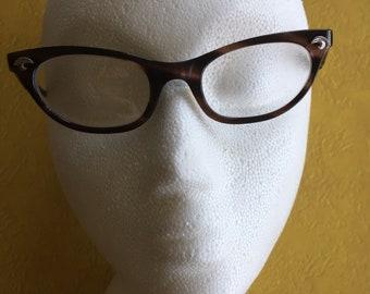 Brown Tortoiseshell Cateye Glasses