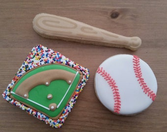 Baseball cookies gift box -- Made to order decorated sugar cookies  -- birthday Father's Day (3 cookies)