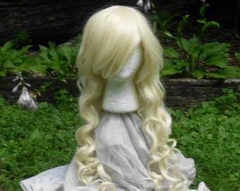 Blond Wig, lolita wig, Long curly blond wig, Cosplay, Long Curly Wig, side swept Bangs, side swept bang, heat safe, blonde, platinum wig