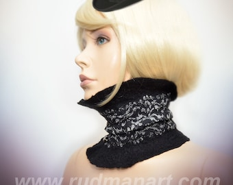 Felted scarf-collar scarflette black lace with 3 vintage buttons