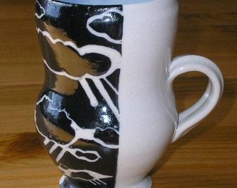 Cloud mug with blue celadon interior