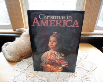 Christmas In America Hard Cover Book Pictorial Works Editor David Cohen Vintage Large Picture Book Collins Publishers