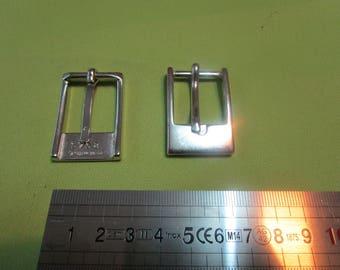 small rectangle metal nickelee loop