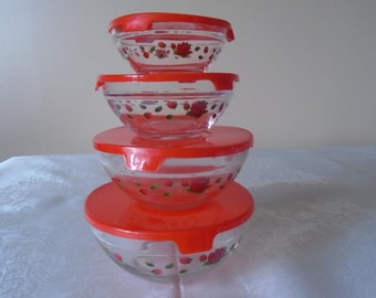 4 x graduated lidded bowls red rose decal red plastic lids