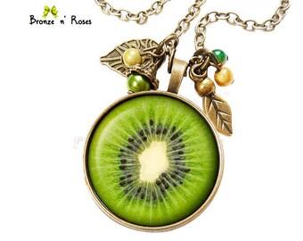 KIWI green bronze cabochon yellow glass costume jewelry necklace