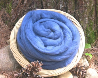 Corriedale  Wool Roving, Lagoon, Blue 4 ounces