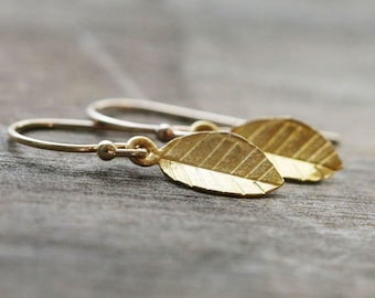 Tiny Gold Earrings / Petite Leaves / Nature Inspired Simple Gold Jewelry
