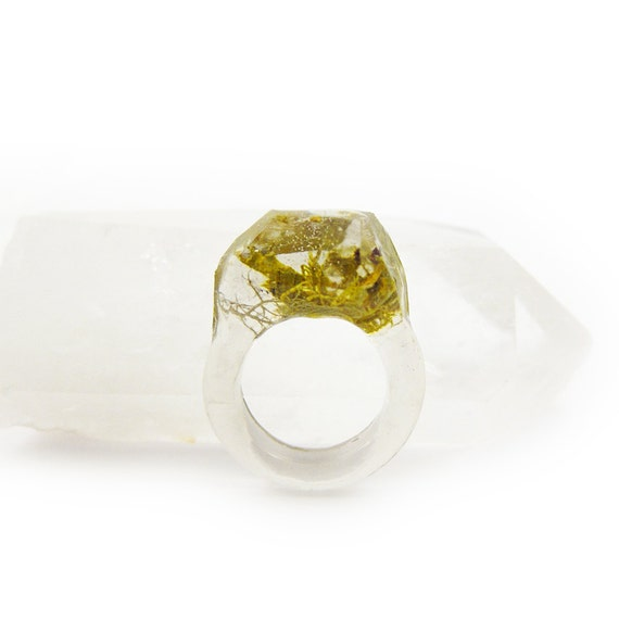 Asymmetrical Faceted Terrarium Ring • Size 7.5
