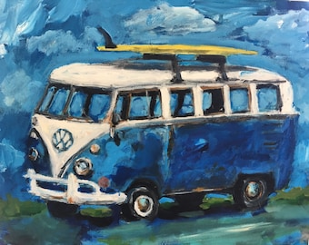 Vw bus with surf board