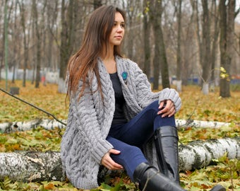 Knitted women cardigan, handmade work, very soft cardigan for women, very beautiful model for any woman