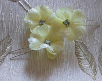 Light Yellow Bridal hairpins, flower hairpins, set of 3 WEDDING | PROM | PARTY