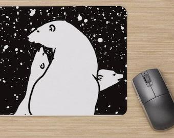 Mouse pad, polar bear family in the snow, drawing of polar bear, painting of polar bears, white bears, bear cubs.