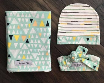 Baby swaddle blanket, Mint Triangles newborn swaddle blanket gender neutral stroller blanket, stretchy knit swaddle blanket for baby