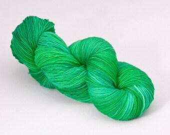 handdyed sockyarn superwash - wool/nylon mixture - fingering weight - colour s 127