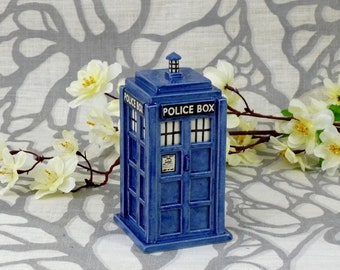Fait sur commande: TARDIS Miniature en céramique