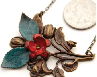 Romantic enameled flower and leaf artisan made necklace with nickel and lead safe antique brass chain