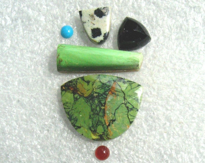6 Cab Group with Green Turquoise, Gaspeite, Dalmatian Jasper, and Black Onyx