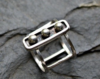 "Sterling silver modern ring. Size 6 hand forged Silver ring ""Captivity"""