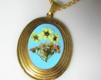 Bridal Veil Pendant, Remastered, Pressed Flower Pendant, Real Flowers,Pressed Flower Jewelry, Resin (1995)