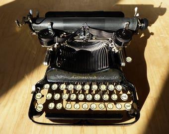 Working Typewriter - Beautiful antique Corona 3