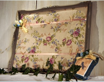 Romantic memory frame weathered wood and flowered linen