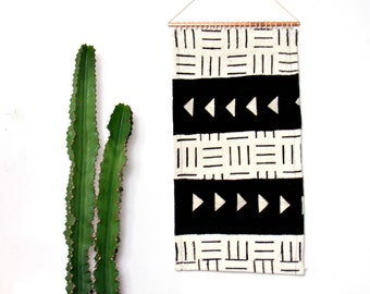 Mudcloth Wall Hanging || African Mud Cloth Wall Art Textile Black White Geometric Traditional Weaving Organic Cotton Copper Weaving Tapestry