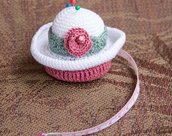 Crochet Pincushion/Tape Measure