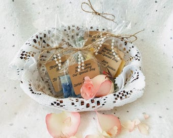 Kraft and Pearl Wedding Soap favors, farmhouse wedding favors, custom wedding favors, custom soap favors, bridal shower favors, party favors