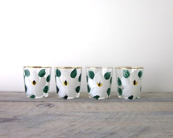 Vintage Hand Painted Federal Glasses White Magnolia Flower