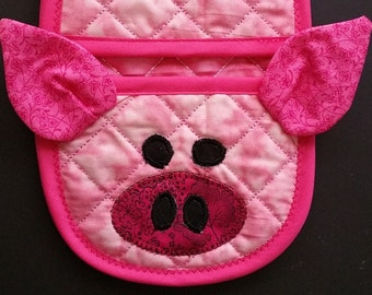 Pig (sewing machine pattern) oven mitt