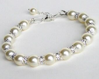 Ivory Cream Pearl Bridal Bracelet, Classic Pearl Wedding Bracelet, Bridesmaids Rhinestone Bracelet, Bridal Accessories