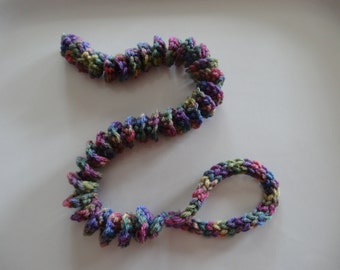 Spiral CATerpillar Cat Toy- VERY BERRY