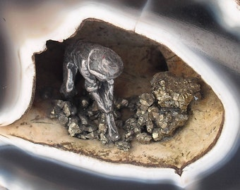 Agate Geode Diorama, Pewter Miner's Geode Collectible, Pyrite Mine Fool's Gold Rock Diorama, Father's Day Gift, Gifts for Him