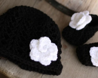 Baby Crochet Hat and bootie set, in black and white, size 0 to 3
