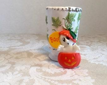Vintage Hallmark Ghost Pin / Plastic Halloween Jack o Lantern Brooch / Halloween Party Wear