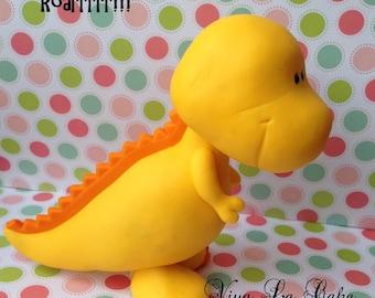 Little  Fondant Dinosaur cake topper