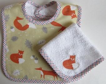 Fox Babies Bib and Dribble Cloth Set