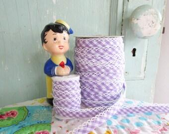 Lavender Gingham Crochet Edge Bias Tape (No. 92). Purple Gingham Fabric.  Lavender Gingham Quilt Binding.