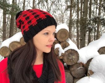 Plaid crochet hat, fits teens to women, red and black plaid, buffalo plaid, pom pom, slouchy hat, Winter Beanie, Toque, Photo Prop
