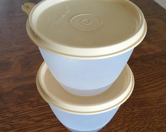 Vintage Tupperware Containers 148-30