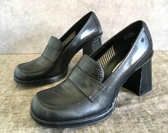 Vtg Tommy Hilfiger Black Leather Chunky Heel Loafer / Loafer Heels / Oxford Heel with Tweed Lining/ Women's 10M