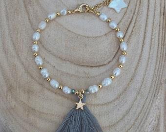 Boho chic bracelet, bohemian bracelet, tassel bracelet, pearl bracelet, freshwater pearl jewelry, pearl jewelry, beaded bracelet,white pearl