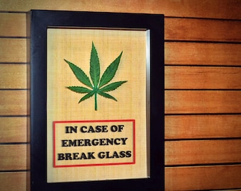Marijuana Leaf - Emergency Kit - 420 Gift, Pot, Weed, Cannabis, Funny Gift for Teen, Students, Gift for Him, Gift for Her, Gift Nature Lover