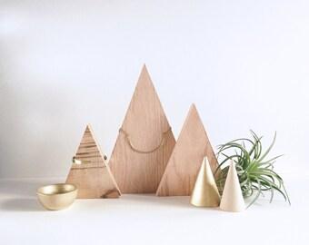Wood Triangle Necklace Display, Minimal Design Jewelry Display, Necklace Stand, Jewelry Storage, Retail Jewelry Display