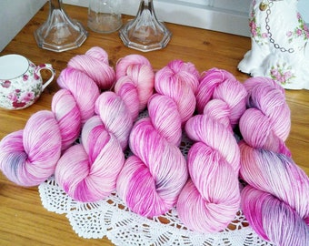 Chintz 100g 85/15 Polwarth wool + nylon for socks/shawls/garments. Ethically produced wool from Patagonia, UK spun + superwash treated