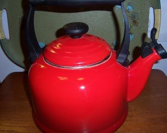 Vintage Steel Red Enamel Kettle Teapot Le Creuset 2.2 US Quart Very Nice