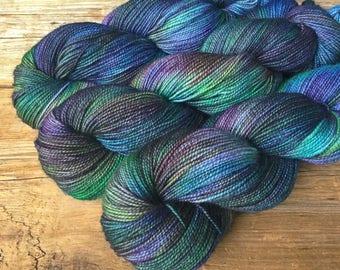 Hand Dyed SW Merino Cashmere Nylon 80/10/10 High Twist Sock Yarn 100 gm/400yd Aurora Borealis