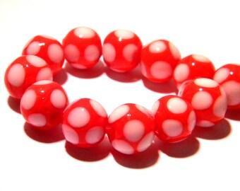 5 - 10 mm - Lampwork Murano glass bead is hand-red-white G29