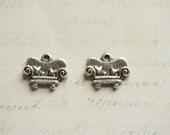 2 charms couch and her pillows silver 17x14mm