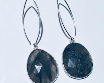 Labradorite Earrings,Sterling Silver,Earrings,Labradorit Stone,Handmade.....